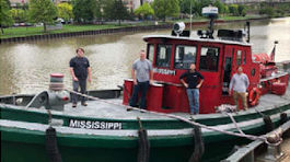 Tugboat Mississippi photo